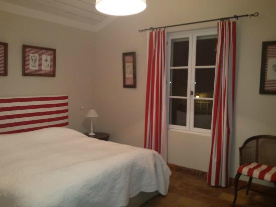 Domaine des Clos: Chambre dans un des appartements