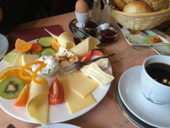 Bildergebnis für Frühstück käse