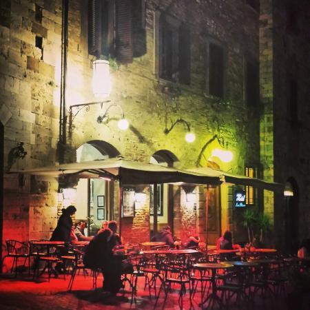 Bar la Cisterna: bar