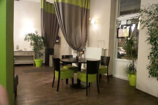 Photo of Restaurant L'ilot dore at Rue Dorez 13b, Tournai 7500, Belgium