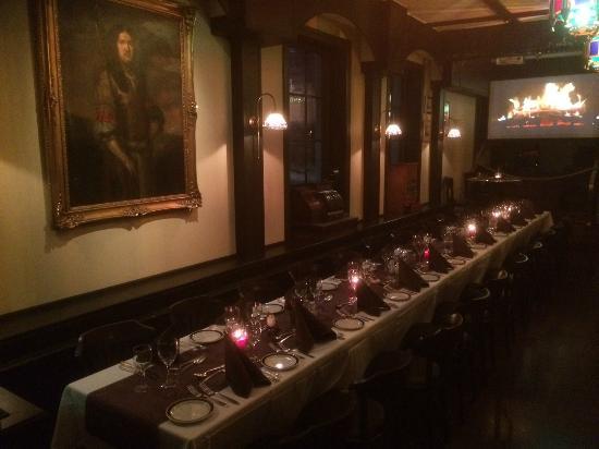 Fellini Stromso: Bristol room xmas table