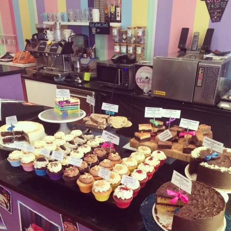 Cloud 9: Cupcakes