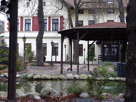 Hotel Branik: внутренний дворик