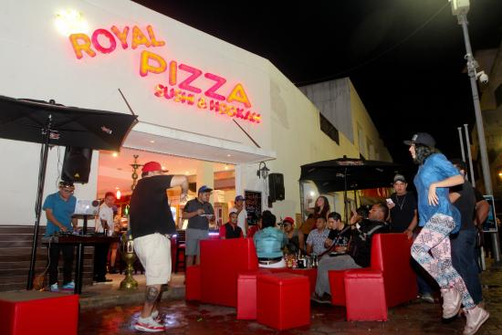 Royal Pizza Sushi Hookah