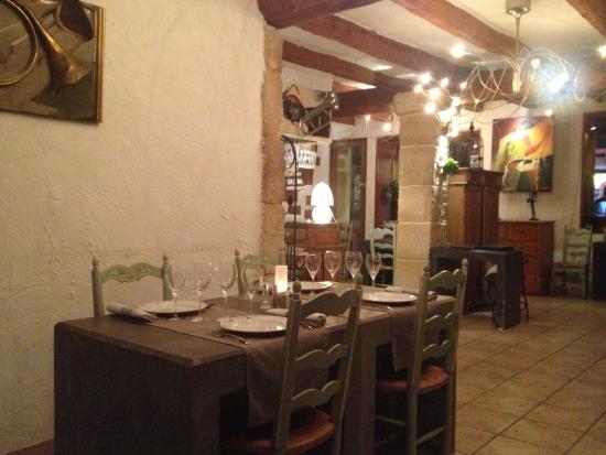 Restaurant la Salicorne: Une salle de restaurant agréable