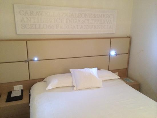 Hotel Garni Muralto: lit
