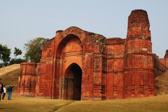 Ruins of Gaur: gate in city wall of gour