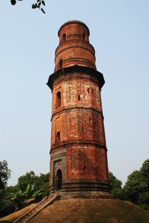 Ruins of Gaur: firoz minar