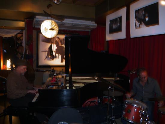 Carli's Fine Bistro & Piano: The trio