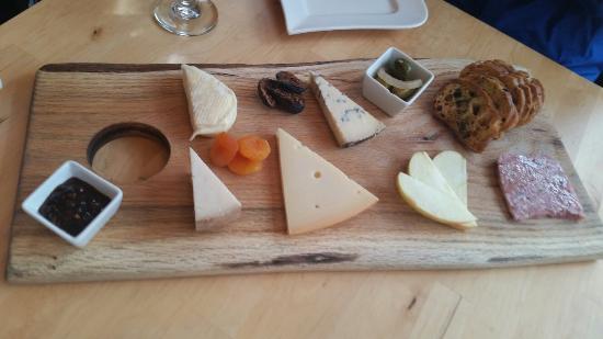 La Fromagerie Cheese & Wine Bistro: Tábua de frios