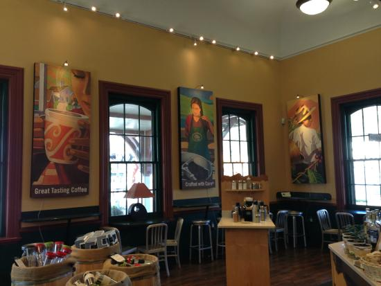Green Mountain Coffee Cafe & Visitor Center: Inside