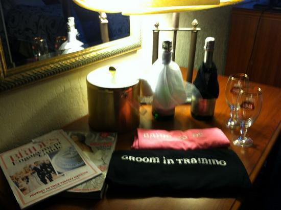 Days Inn Rutland/Killington Area: Congrats on your engagement