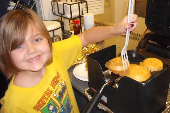 Best Western Plus All Suites Inn: Emily loved the make your own waffles