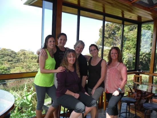 Hidden Canopy Treehouses Boutique Hotel: 5 Sister Costa Rica Trip & Jen