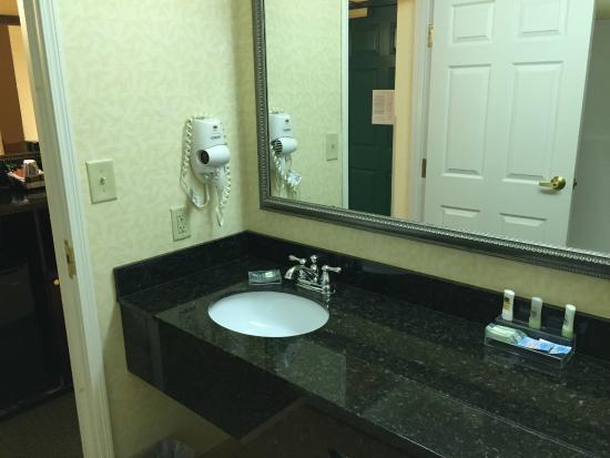 Country Inn Suites By Radisson Calhoun Ga Bathroom Sink