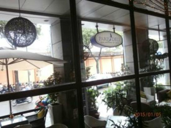 Paris Deli: Looking out to Dong Khoi Street