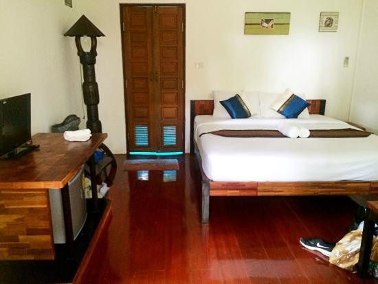 Newozone Resort & Spa: Interieur kleine bungalow