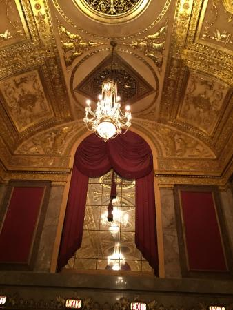 Warner Theatre : Ornate interior of the Warner Theater.