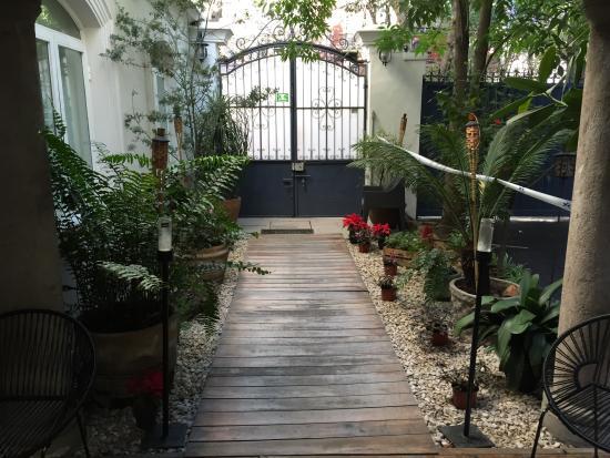 Hotel Villa Condesa: Portão entrada