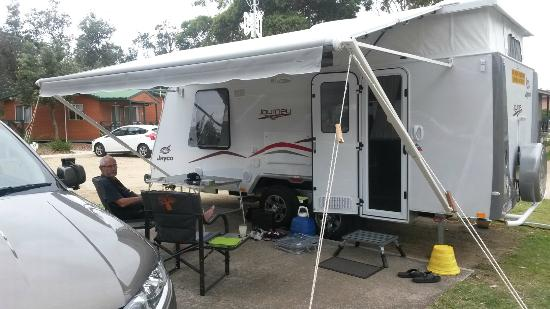 BIG4 Moruya Heads Easts Dolphin Beach Holiday Park: Our caravan site, nice and roomy
