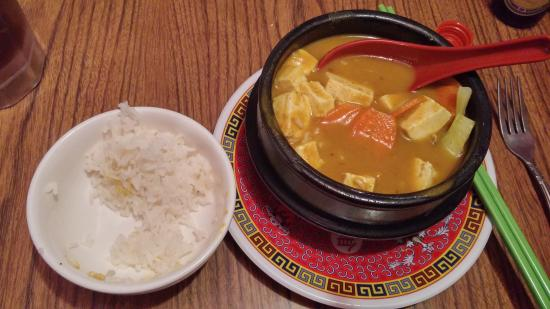 Clay Pot: Curry tofu pot and rice