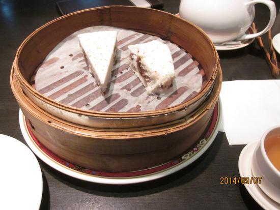 Hongtao Shanghai Tangbao: 小豆入り餅