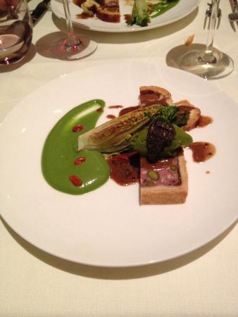 Les Saisons: Entrée- paté en croute au foie gras et truffe