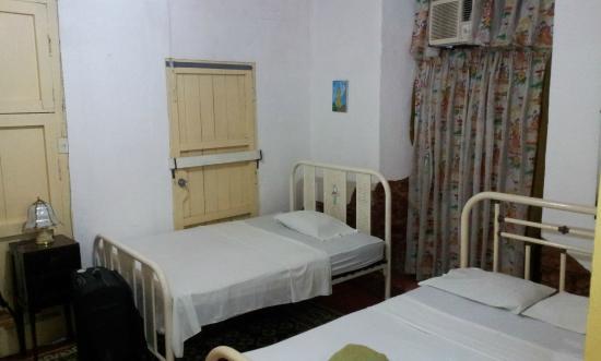 Hostal Antonio y Mary : Bedroom