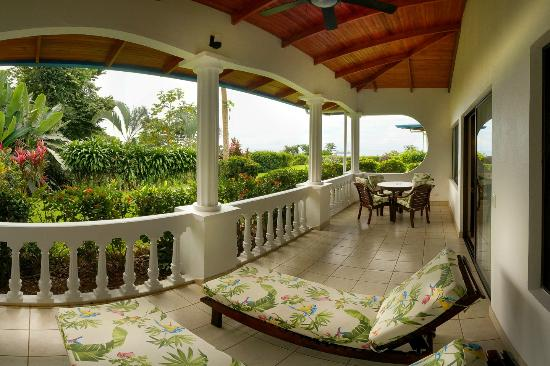 Cristal Ballena Boutique Hotel & Spa: Terrasse of the Family Suite with ocean view