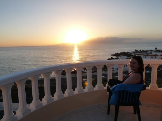 Playa de la Arena, Hiszpania: Sunset from our balcony
