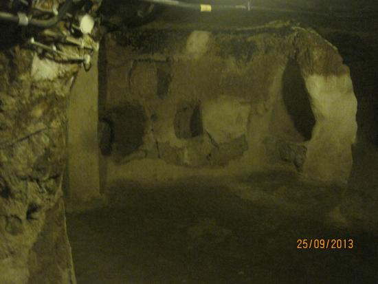 Bagian dalam Underground City - Picture of Derinkuyu ...