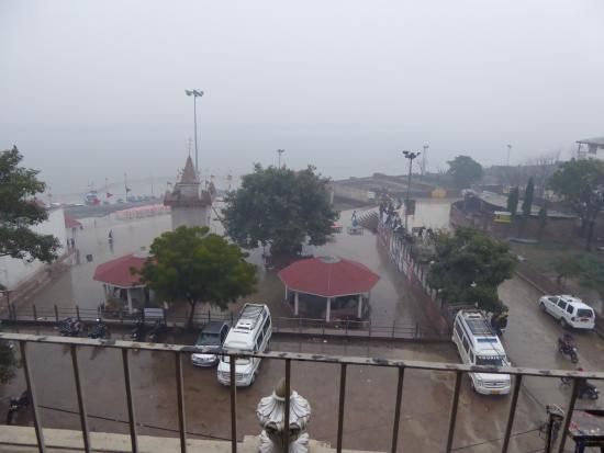 Sahi River View Guesthouse: View from the balcony