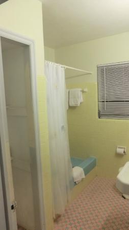 Eastward Strand - Hotel & Suites: Badezimmer