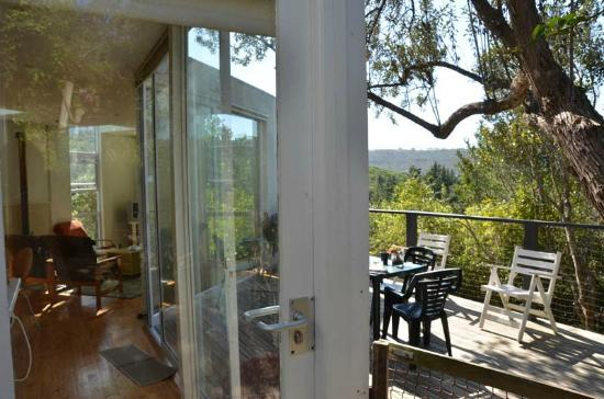 Treehaven Self Catering Accommodation : Great care taken to invite the outside in without compromising safety and comfort