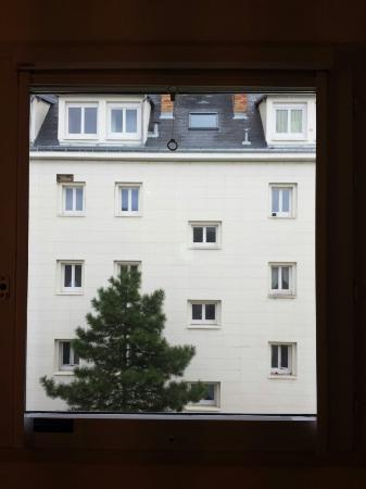Ibis Budget Paris Porte d'Italie Ouest: Window view