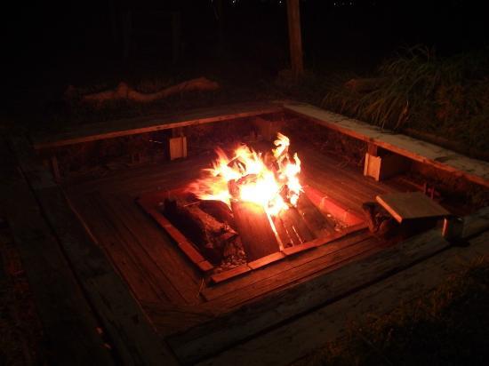 Healing Village Konkimura: 囲炉裏