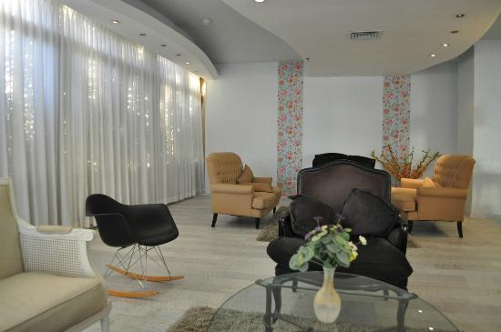 Park Hotel Netanya: Холл отеля