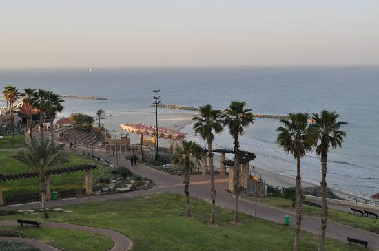 Park Hotel Netanya: Вид из окна номера