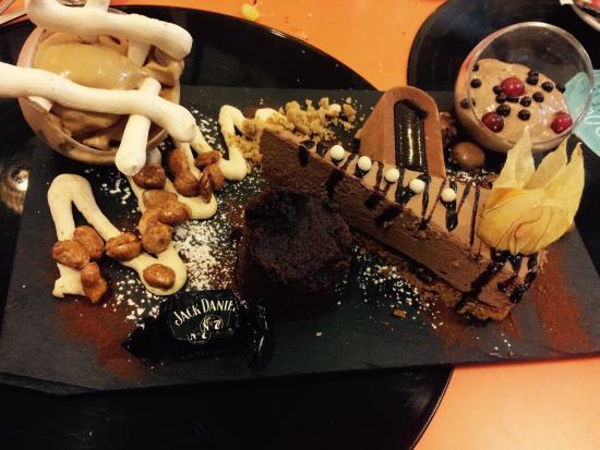 Hashtag Food: Choc around the clock - Dessert
