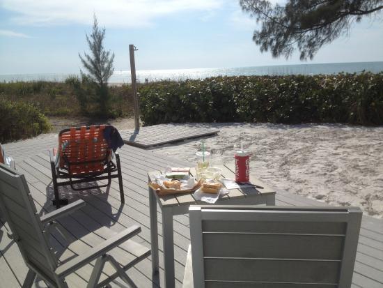 On the Beach- Casey Key: Nice deck area