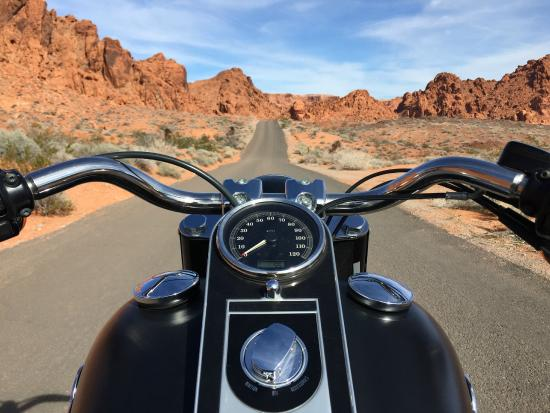 100 bikes through the valley of fire picture of eaglerider motorcycles rentals and tours las. Black Bedroom Furniture Sets. Home Design Ideas
