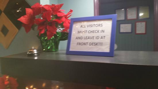 Araamda Inn Norcross: This is at the front desk. They want you to leave your ID at the front desk. I refused this.
