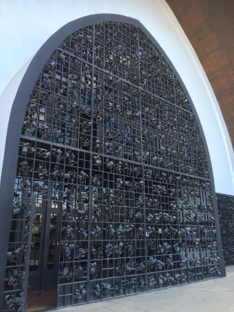 Templo Ecumenico de San Salvador : Very unusual shape church well worth a look