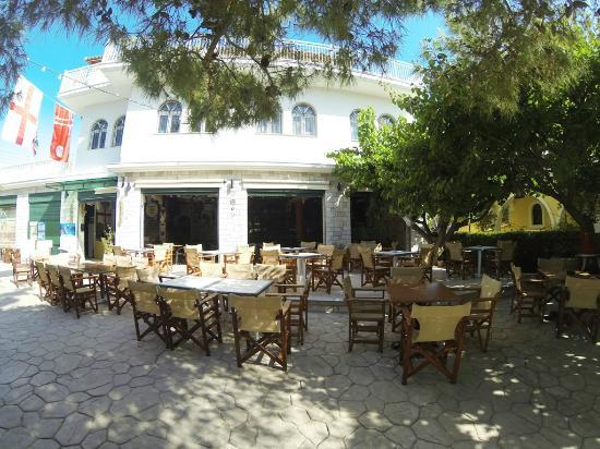 Kali Pigi Hotel: Kali Pigi - Pub