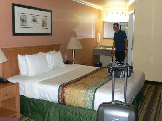 Americas Best Value Inn & Suites - San Francisco Airport: Unser Zimmer