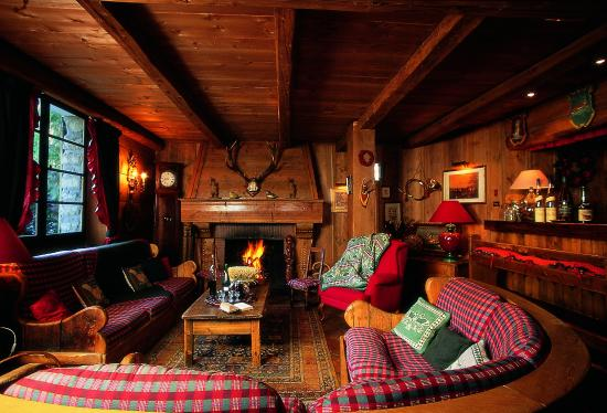 salon bar picture of au coin du feu megeve tripadvisor. Black Bedroom Furniture Sets. Home Design Ideas
