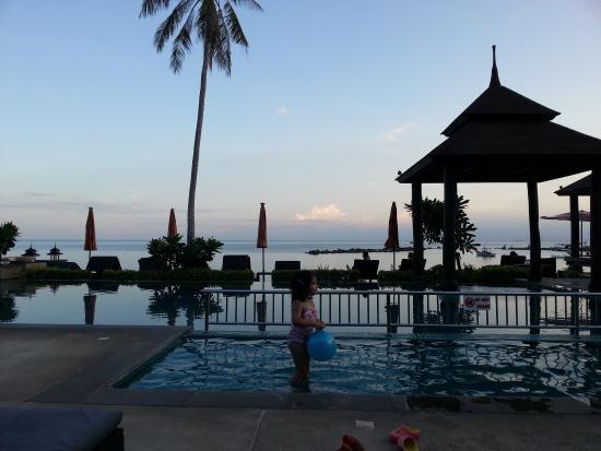 Samaya Bura: Beautiful pool with jAcuzzi