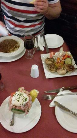 La Stalla: If your hungry, thus is the place for you:)