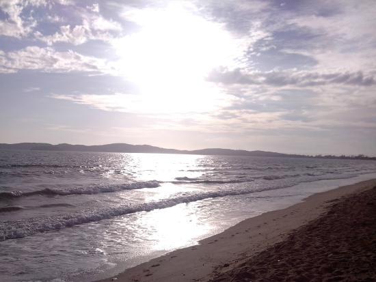Buzios Ariau Hotel: Praia Rasa