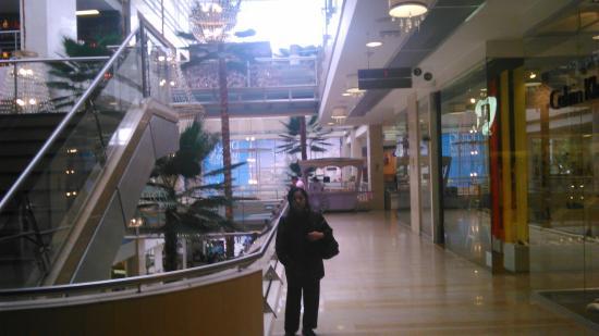 Centro comercial el retiro picture of centro comercial - Centro comercial moda shoping ...